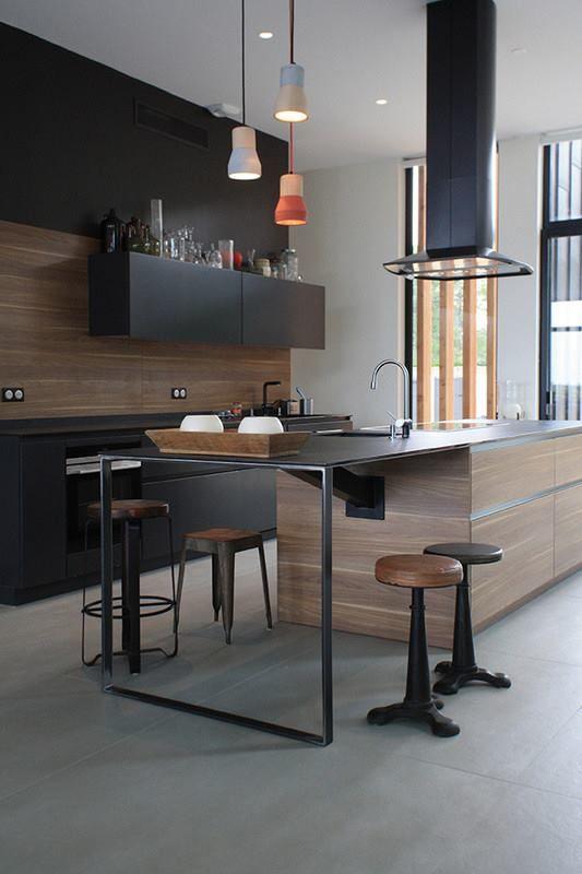 Black&wood Leicht & Blunt Manufacture.