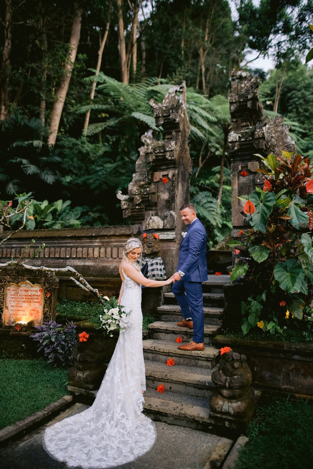 A Romantic Wedding In The Heart Of Bali Wedding Romantic Wedding Bali Wedding