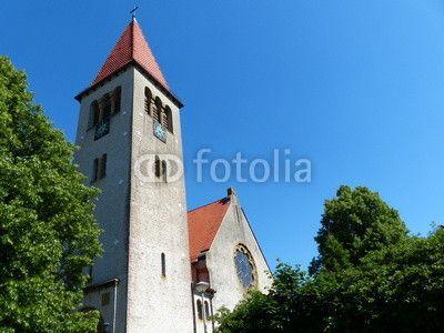 Später Nachmittag mit blauem Himmel in Helpup bei Detmold im Kreis Lippe