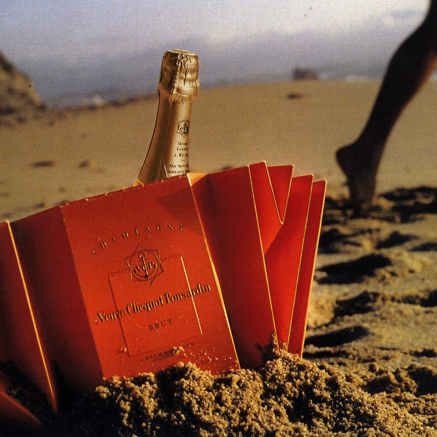 Beach Champagne: Veuve Clicquot Beach Ice Bucket