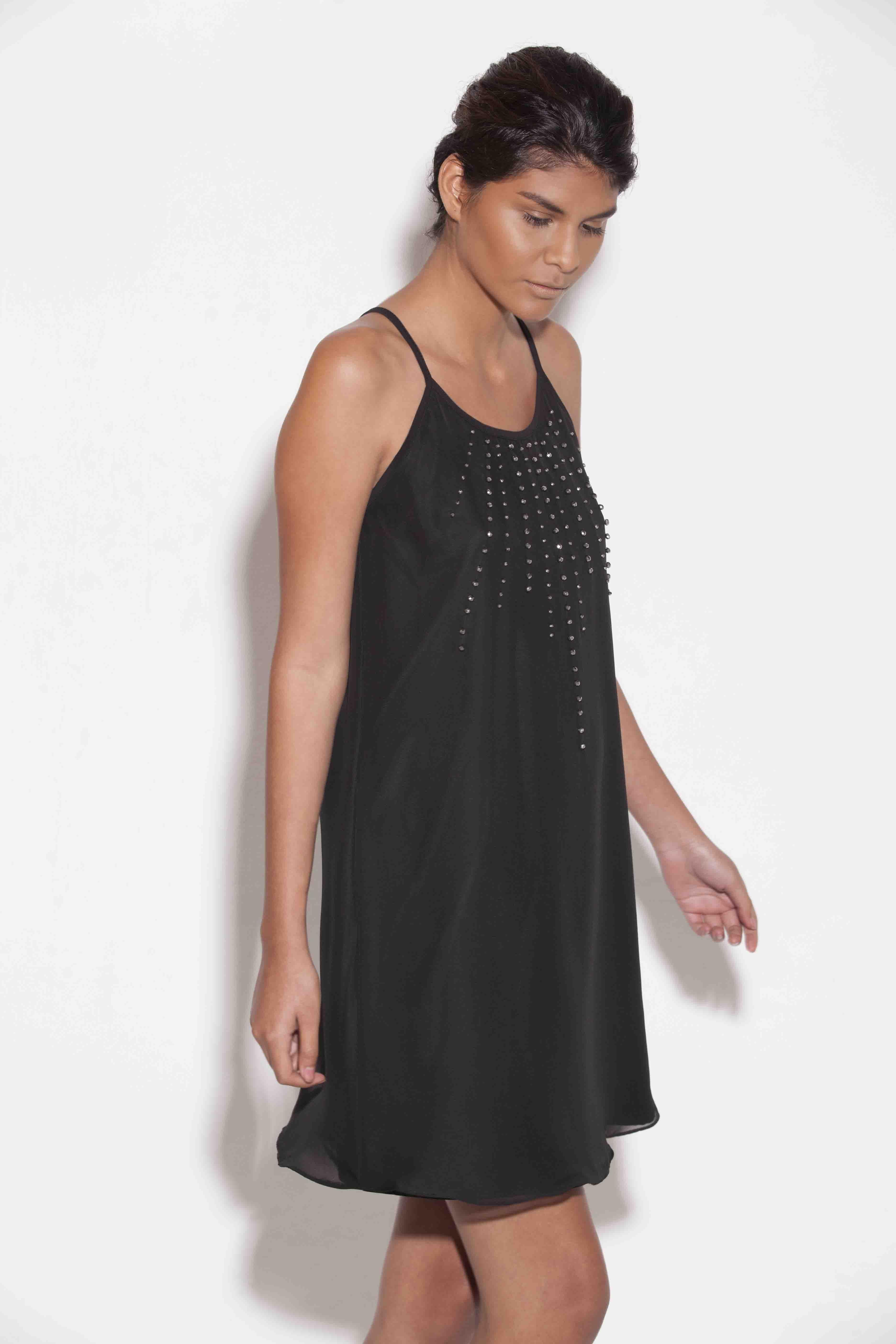 7bbc98c2c Vestido tipo blusón con piedras plateadas - NOKTURNA