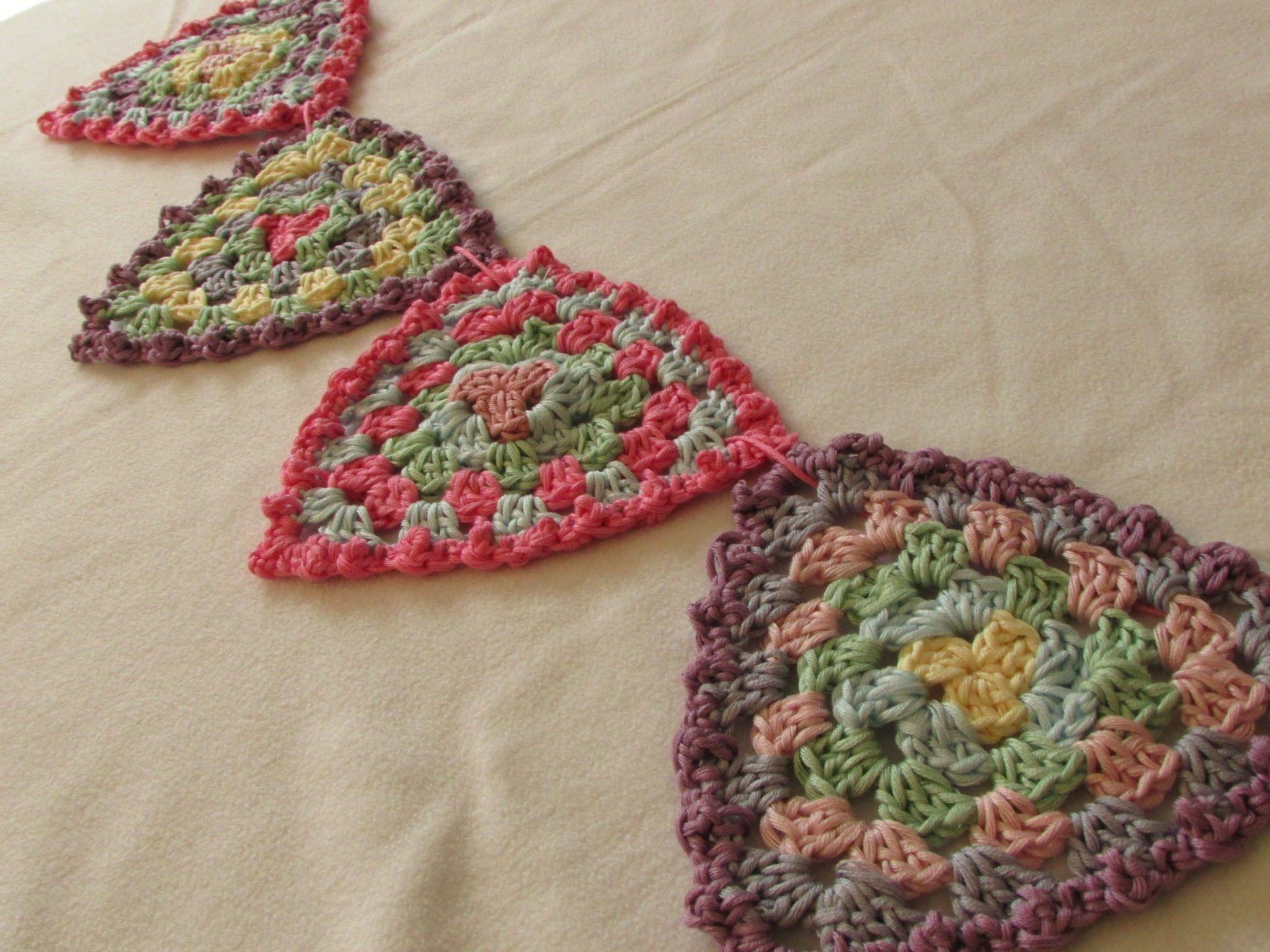 VERY EASY crochet granny triangle bunting / garland - crochet ...