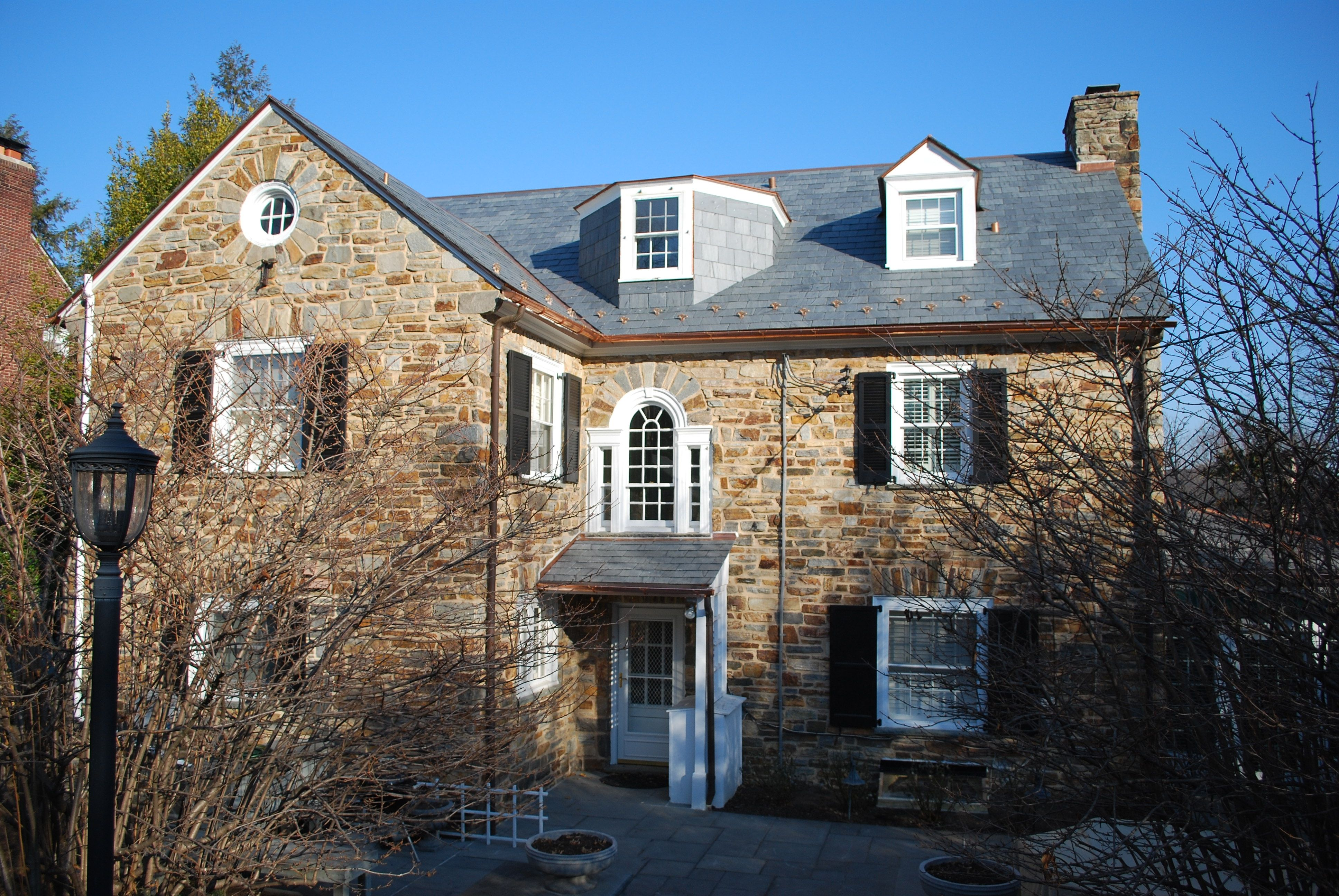 This Slate Roof Has Snow Guards To Prevent Ice And Snow From Sliding Off Roof The Snow Guard Manufacturer Can Assis Colonial Exterior Slate Roof House Styles