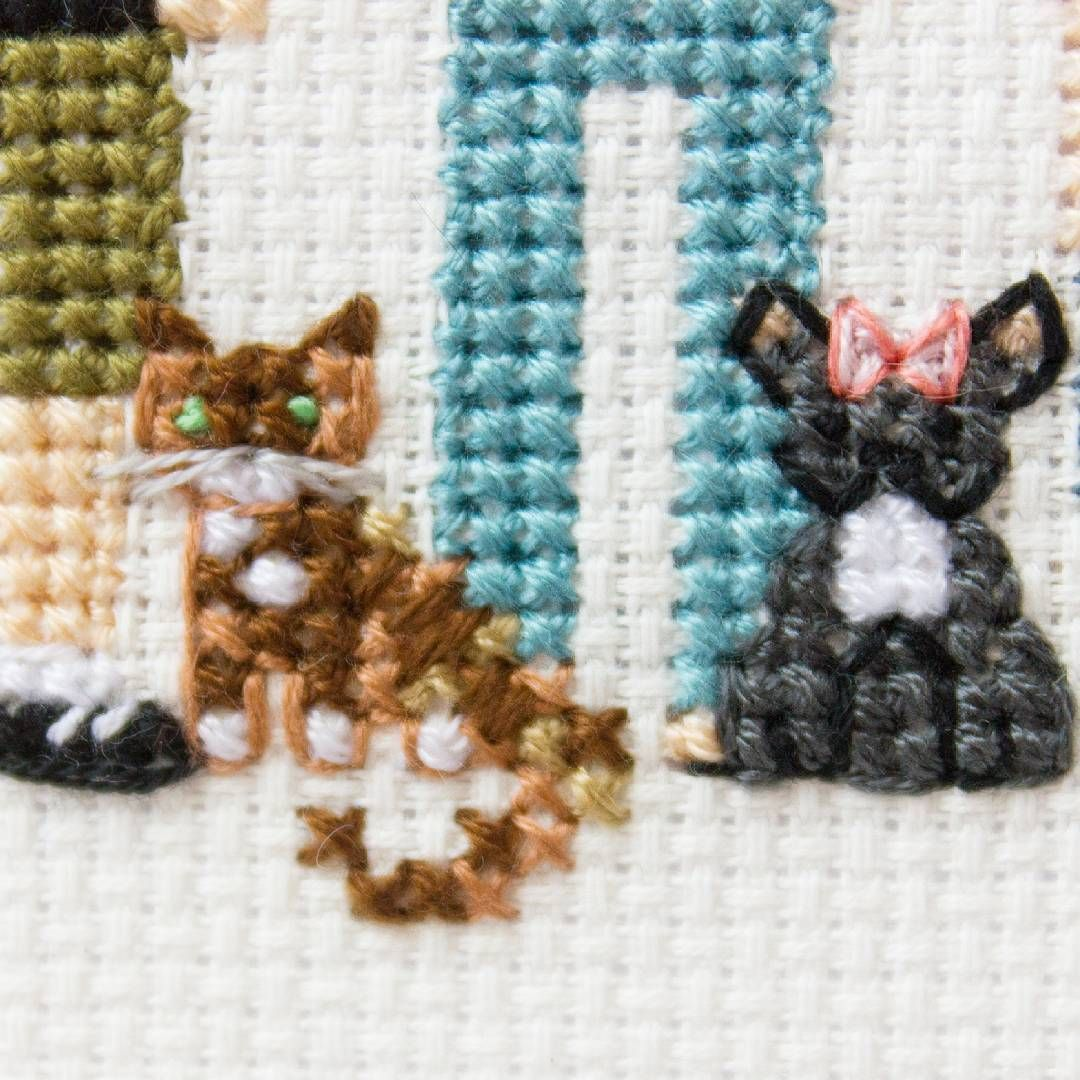 Cross stitch family portraits on Instagram I decided to choose girl Boston terrier with pi Cross stitch family portraits on Instagram I decided to choose girl Boston terr...