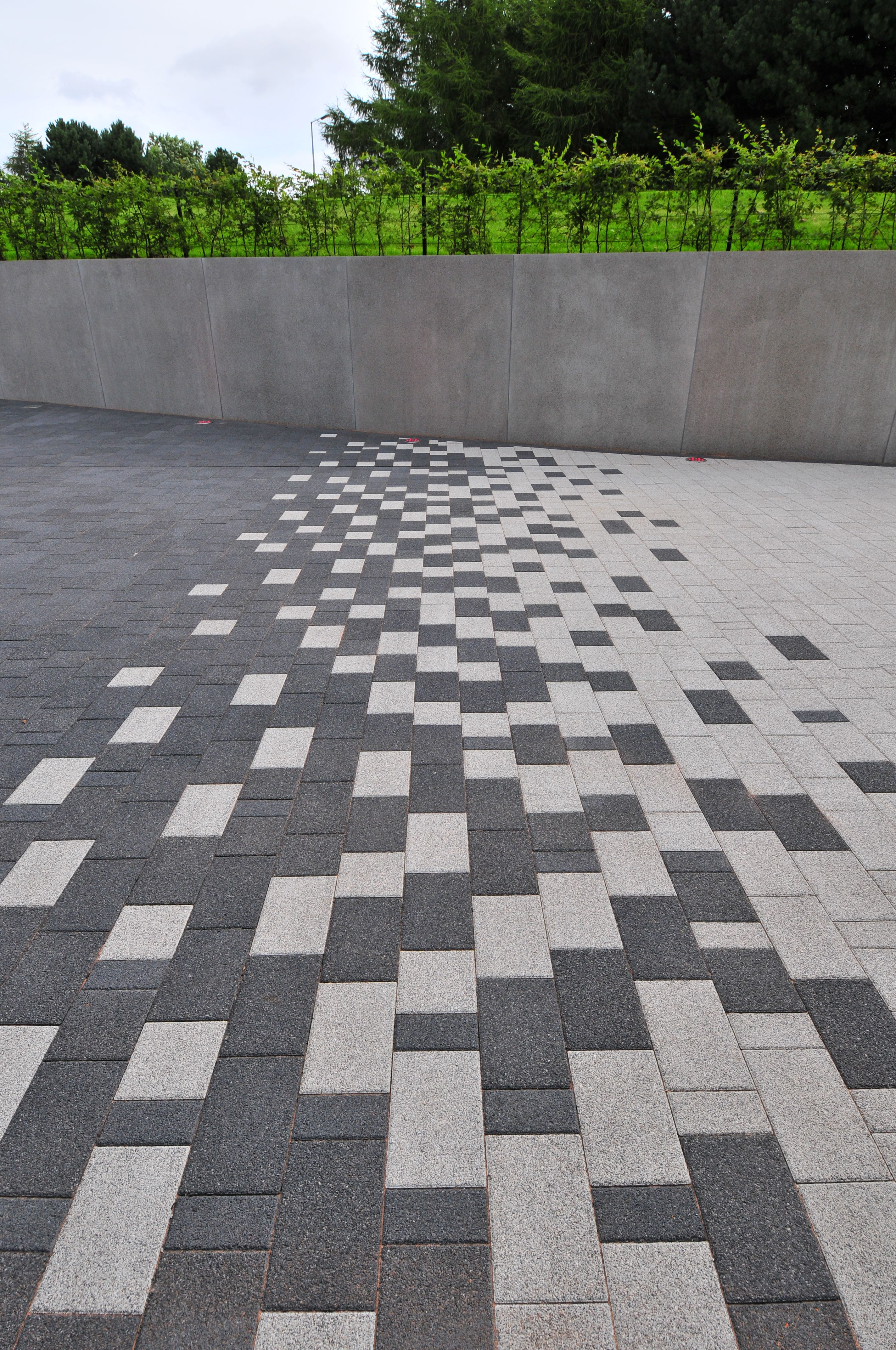 La linia birmingham arquitetura for Garden paving ideas designs
