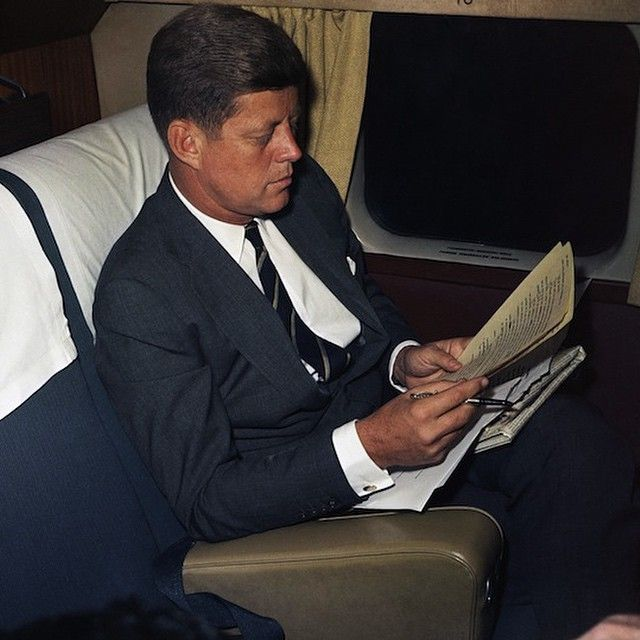 kennedys inaugural address An introduction to john f kennedy's inaugural address by john f kennedy learn about the book and the historical context in which it was written.