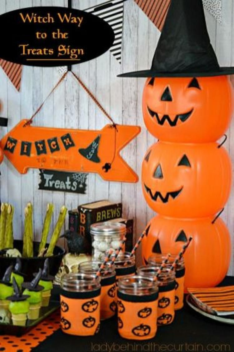 Easy And Creative DIY Halloween Table Decorations Ideas You Should - Halloween Table Decorations Pinterest