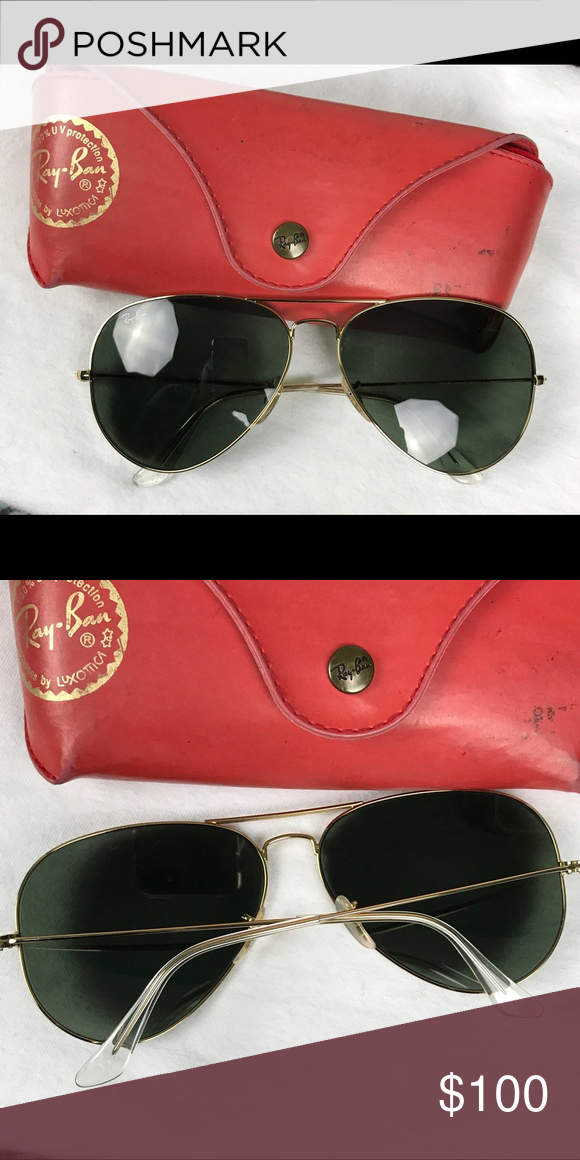 11e1353301 Ray-Ban Aviators with a gold frame   black lenses Gold frame and black lens  RayBan aviators. They come with the original dust cloth and case.