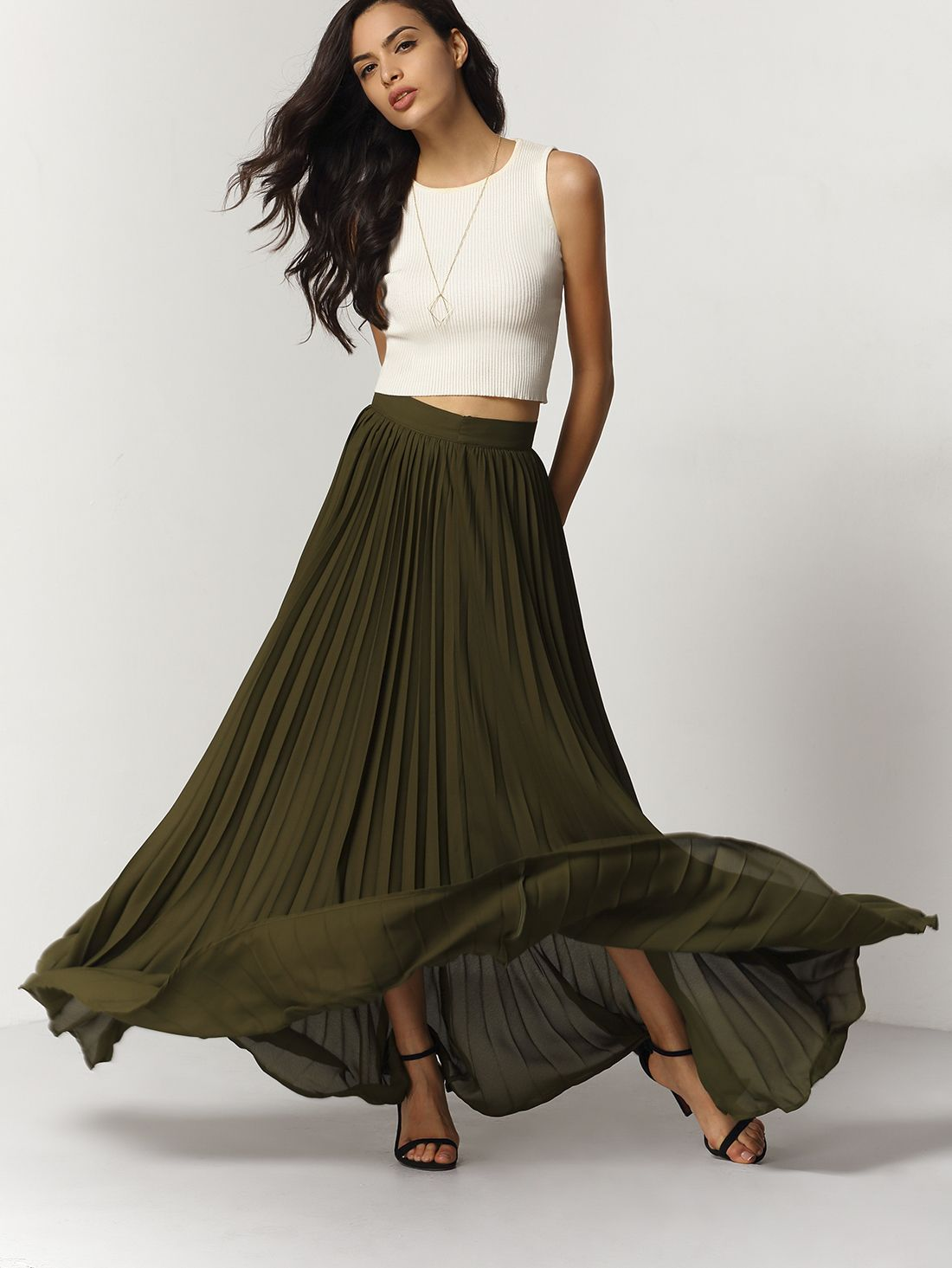 Olive flowy pleated maxi skirt makemechiccom pleated maxi and