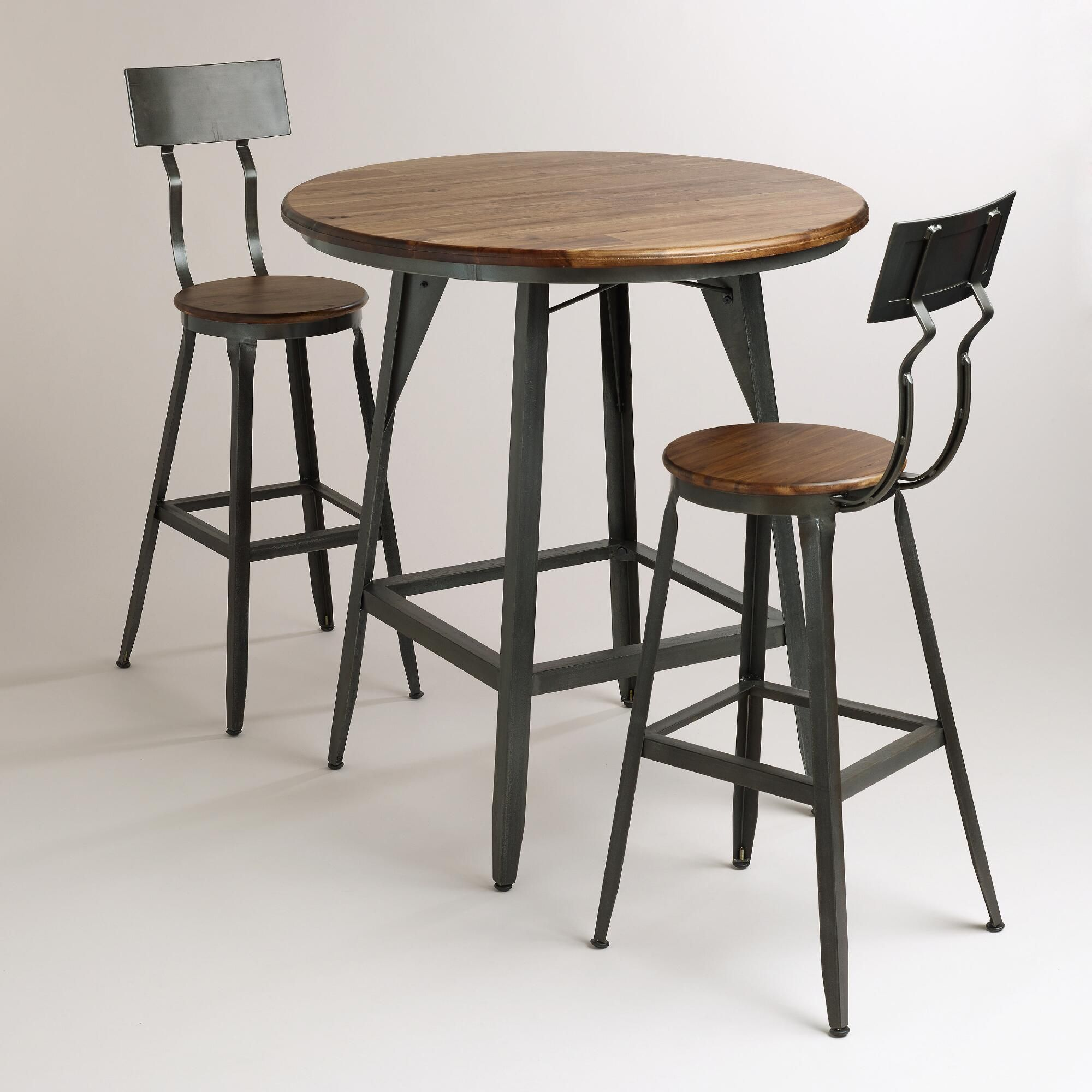 Our handsome Hudson Pub Table exudes big city style that recalls