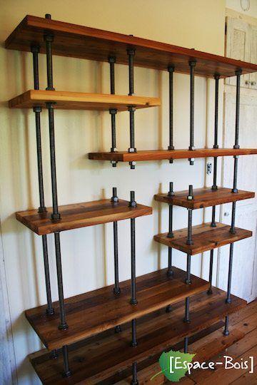 Bibliothèque en bois et tige, industrielle et rustique
