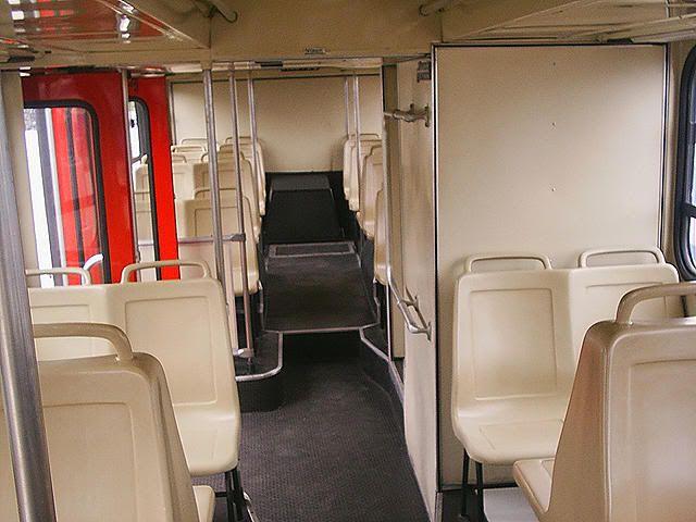 Interior de um Fofão // Ônibus antigos de São Paulo, Baixada e interior - Page 2 - SkyscraperCity