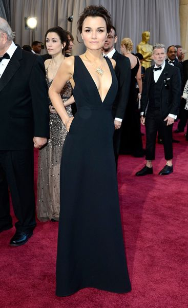 Samantha Barks at the Oscars. *sigh* Valentino sure knows what he's doing!