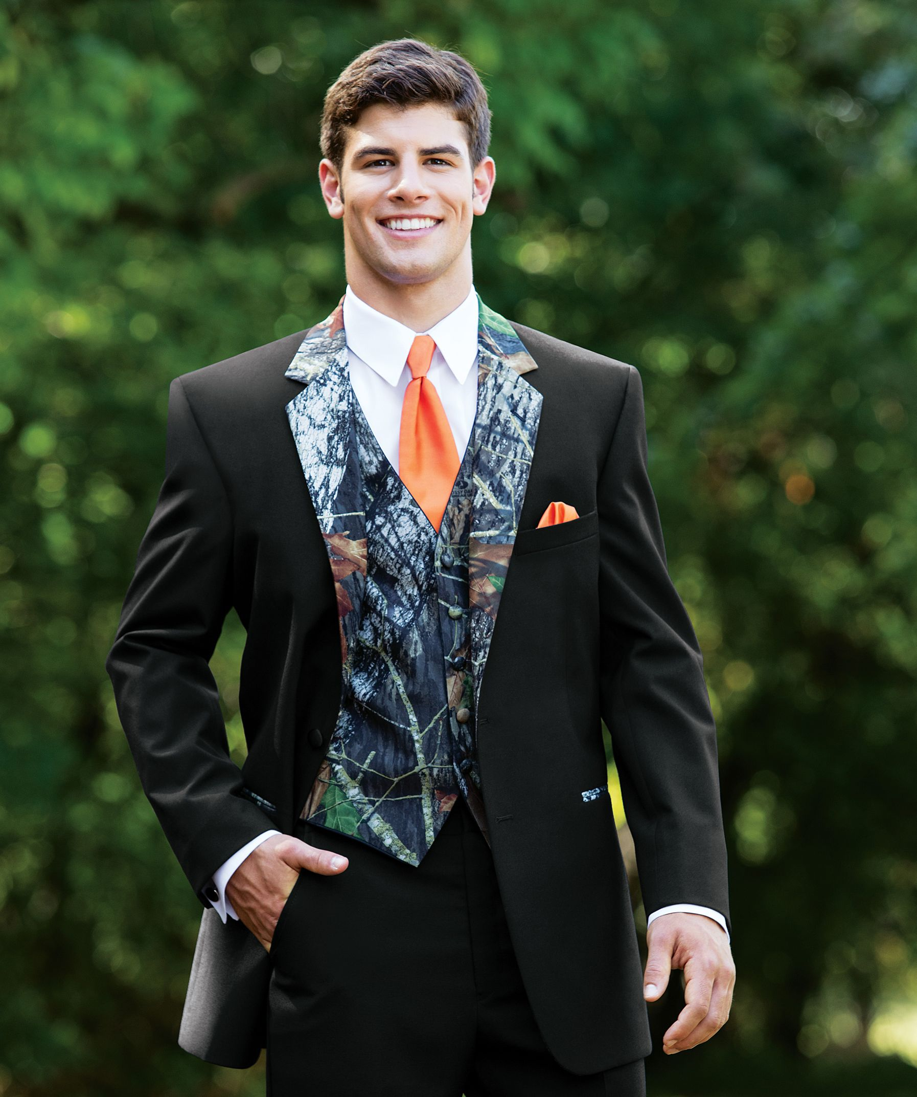 e6d64d3b48795 Camouflage Tuxedo - perfect for prom!