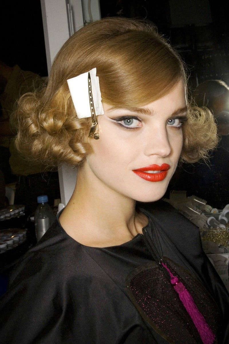 Natalia vodianova in hair makeup and red lipstick for louis vuitton