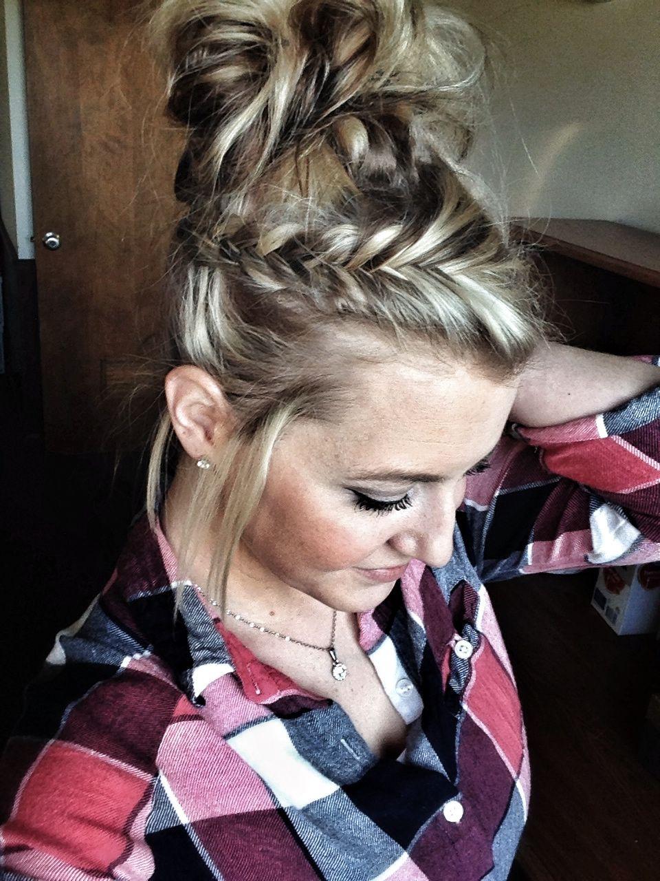 5 minute hair, working moms, fishtail braid, bun, easy hairstyle