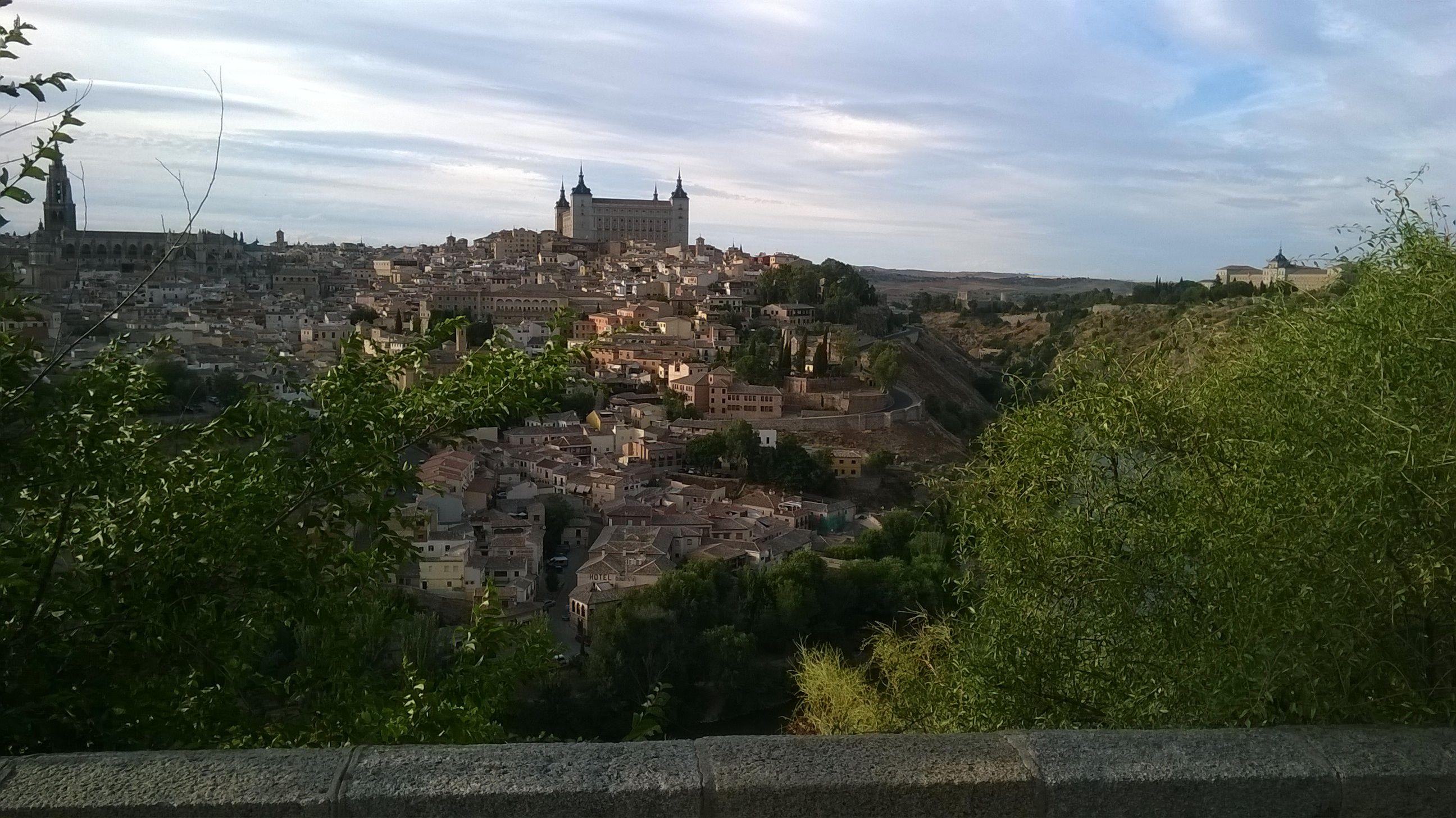 Casco histórico de Toledo desde el mirador de la Ermita de El Valle.
