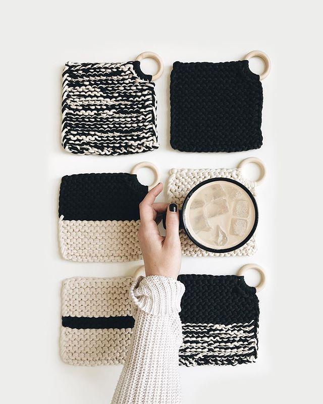 TRICOT ⨯ Les Croix Coasters – tricoter est aussi simple que 1, 2, 3 tricot est …   – knitting