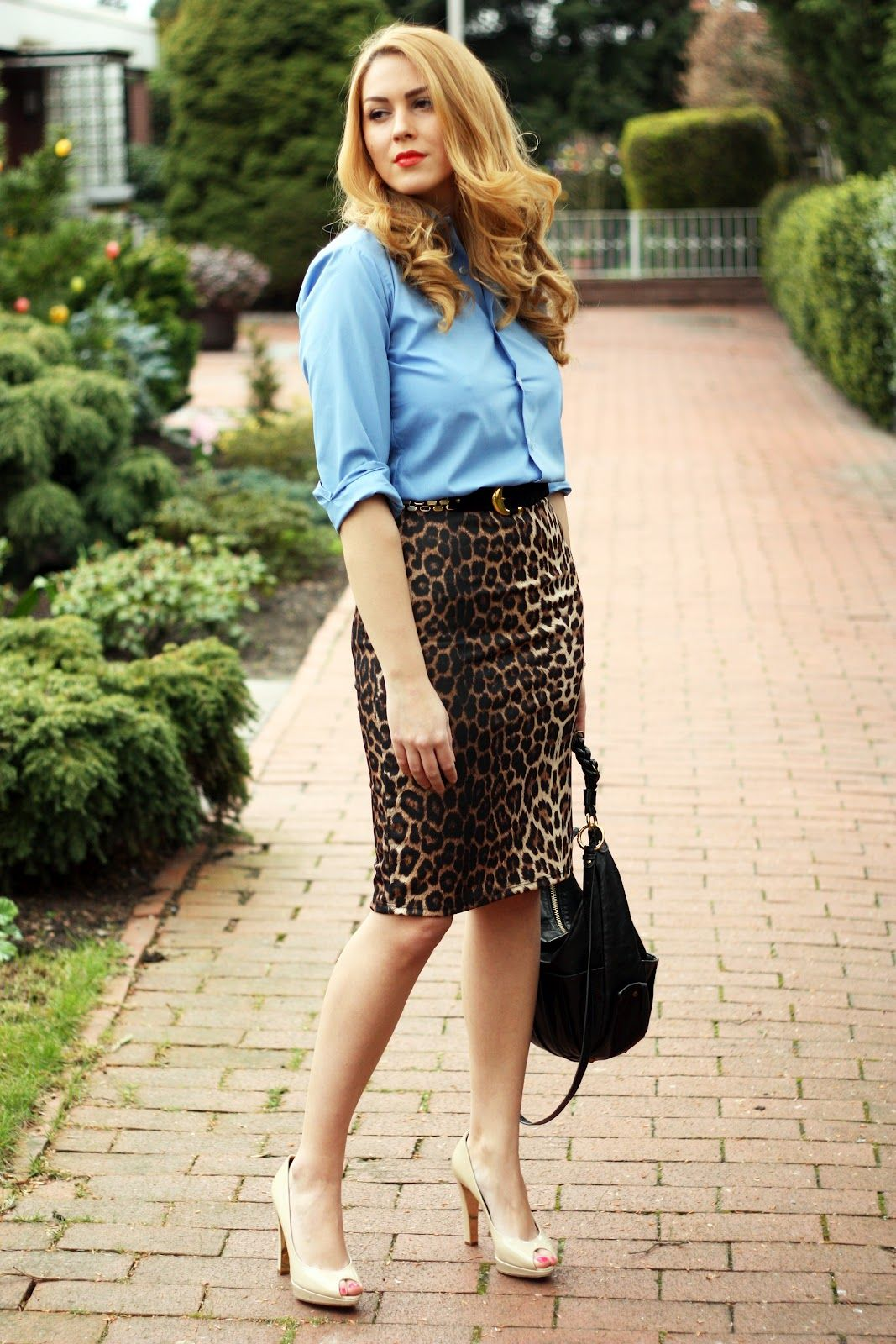 095674975 Fashion Painted Dreams: Leopard pencil skirt. I'm not usually one for  animal print but there's something about this combo.