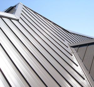 Resultat De Recherche D Images Pour Tole Profillee Toiture 50 Mm Metal Roofing Contractors Metal Roofing Materials Diy Roofing