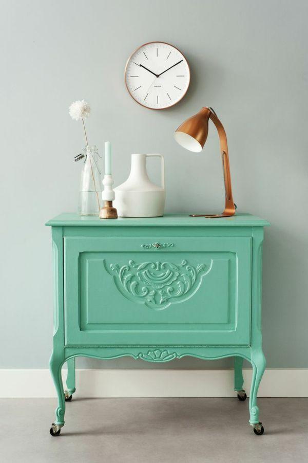Vintage Look Möbel holzschrank kommode neu streichen - wohnzimmer neu streichen ideen