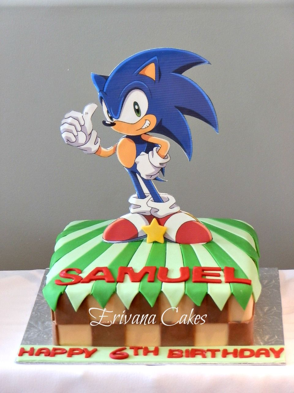 sonic the hedgehog cake diy