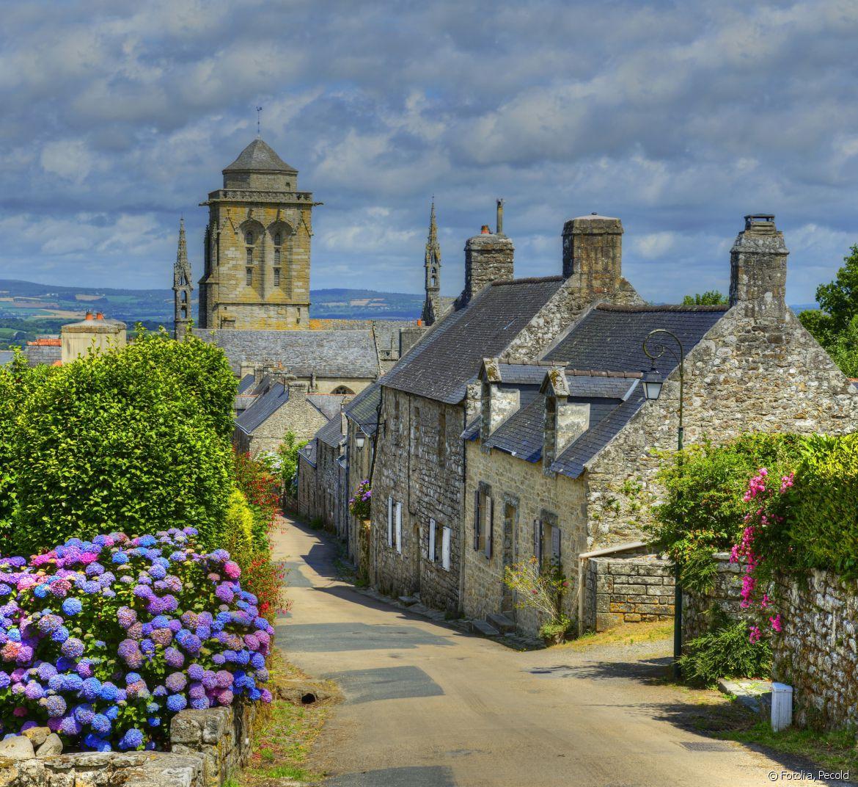 Les Plus Beaux Villages De Bretagne Bretagne Paysage Locronan