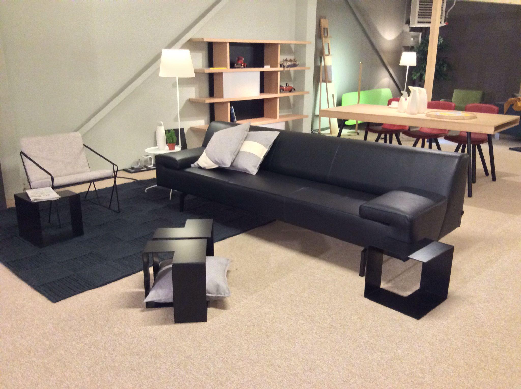 Sofa rundecke  Moome@Beusichem: sofa Noa, table Jigsaw, Carpet Knitted, chair ...