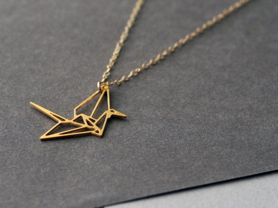 wild thing -lucky crane necklace