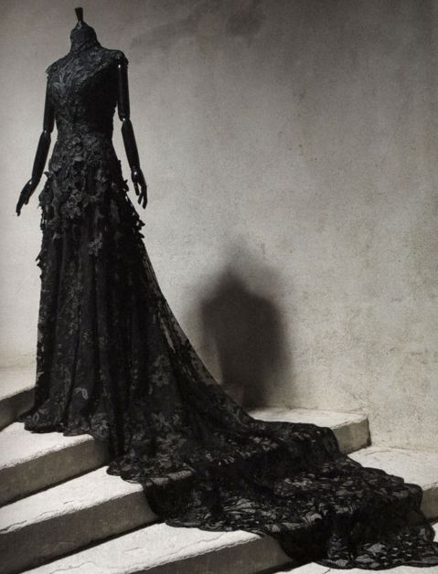 I'd set aside my metaphysical value-judgement JUST so I could have THIS! <3's #Gothic #Wedding #Dress