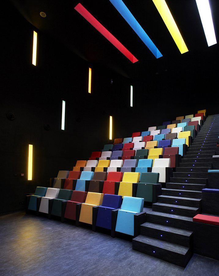 View Full Picture Gallery Of Cine Felgueroso