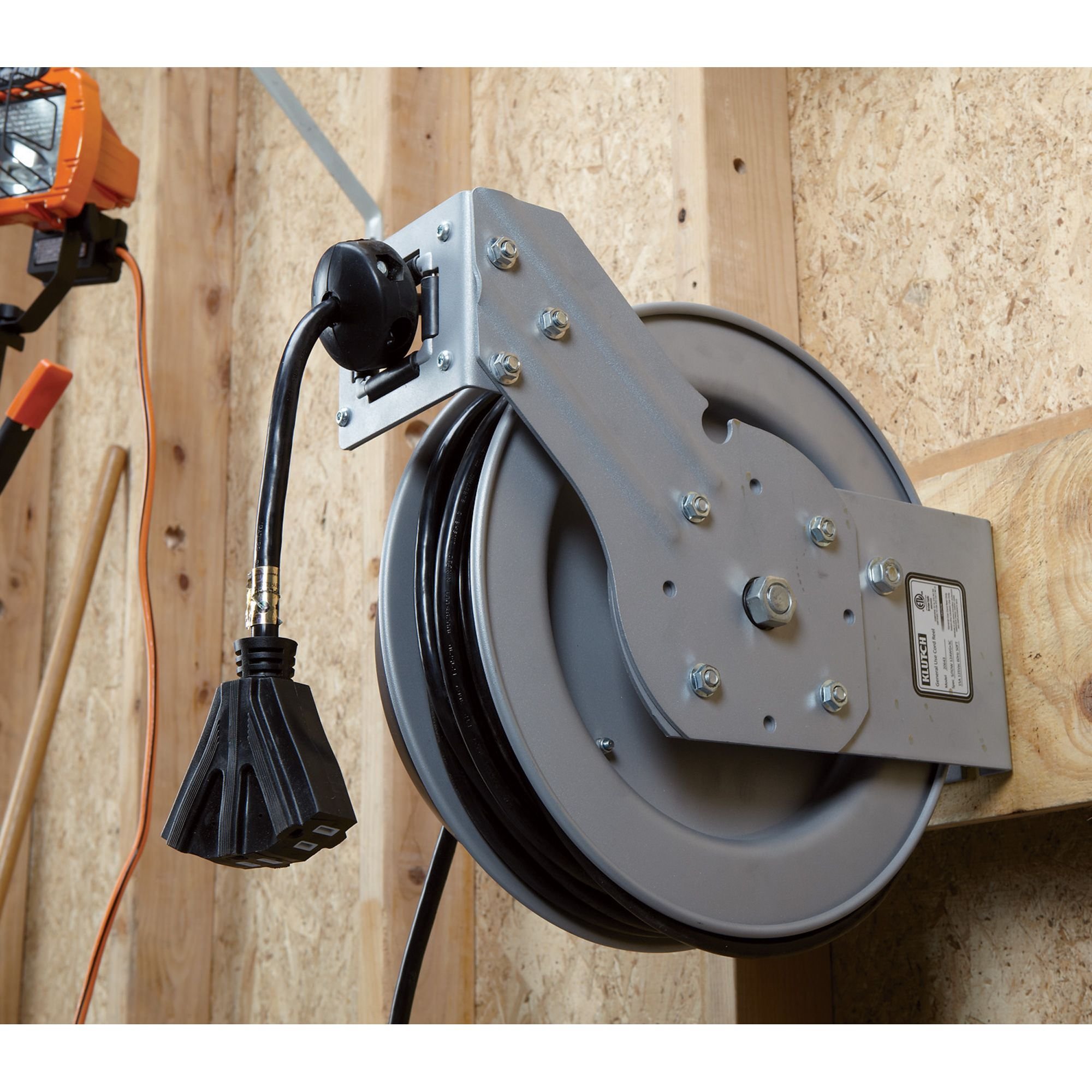 This Heavy Duty Retractable Cord Reel Comes With 50 Feet