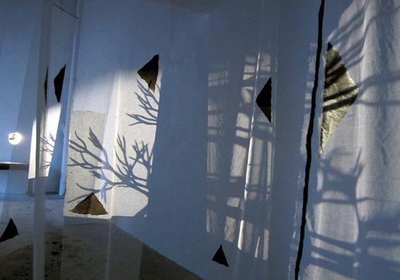 Installation de Kathy DIASCORN au K° à Huelgoat. Avec l'aimable autorisation de Kathy Diascorn
