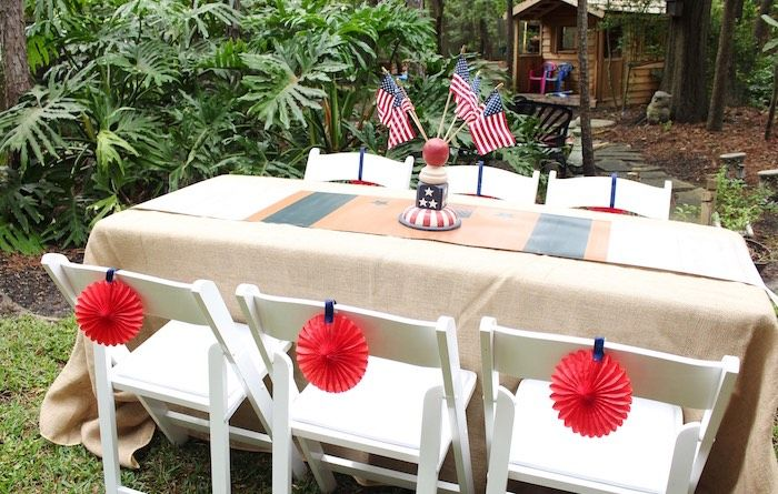 Backyard BBQ Party Decoration Ideas You Should Try With Your Family
