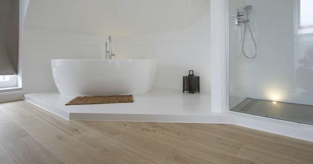 Badkamer wit met hout