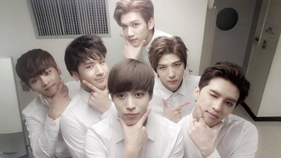 140921 RealVIXX's Twitter Update - All of them are like; yeaaaah and then there's Leo like 'fuck the system~' xD
