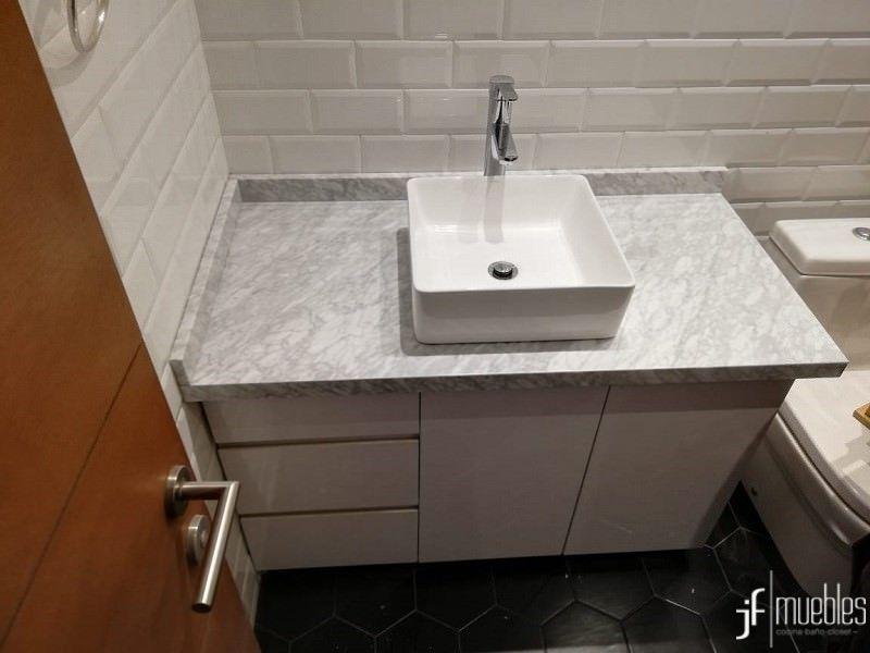 Mueble De Bano En Formalita Cubierta En Marmol Carrara Vitacura