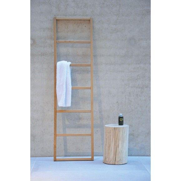 Dieser Handtuchhalter Macht Sich In Ihrem Bad Gut Einfach Gegen Die Wand Lehnen Und Schon Konnen Sie Ihr Nas Handtuchleiter Kleiderleiter Handtuchhalter Holz