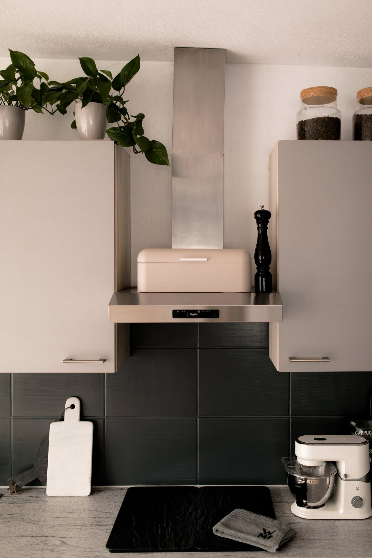 Fliesen Streichen Vorher Nachher Küche   Gäste WC vorher / nachher   Wc Renovieren, Bad vorher ...