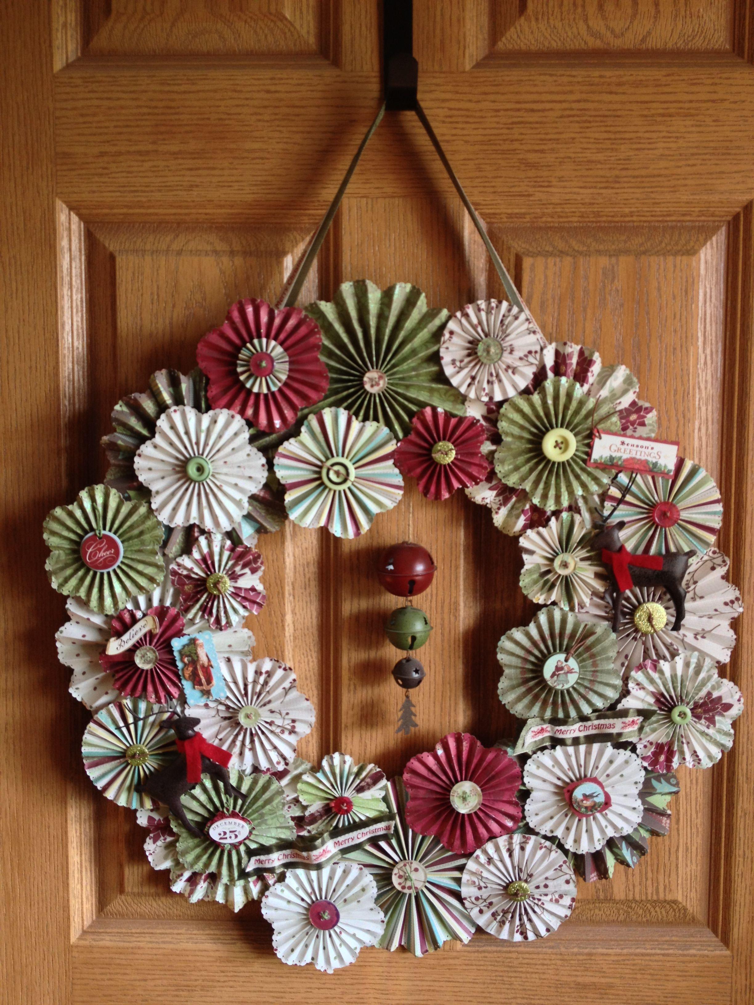 Christmas Rosette Wreath Christmas wreaths diy, Diy
