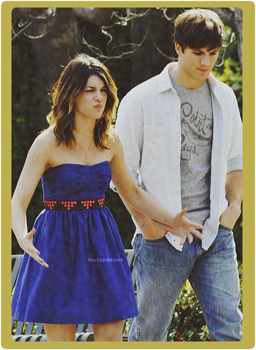 90210 annie and liam start dating