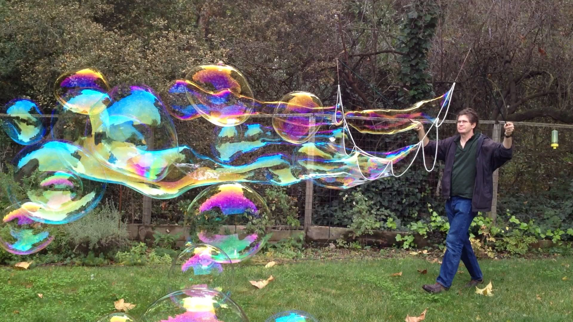 Garland With Images Bubble Wands Giant Bubbles Giant Bubble