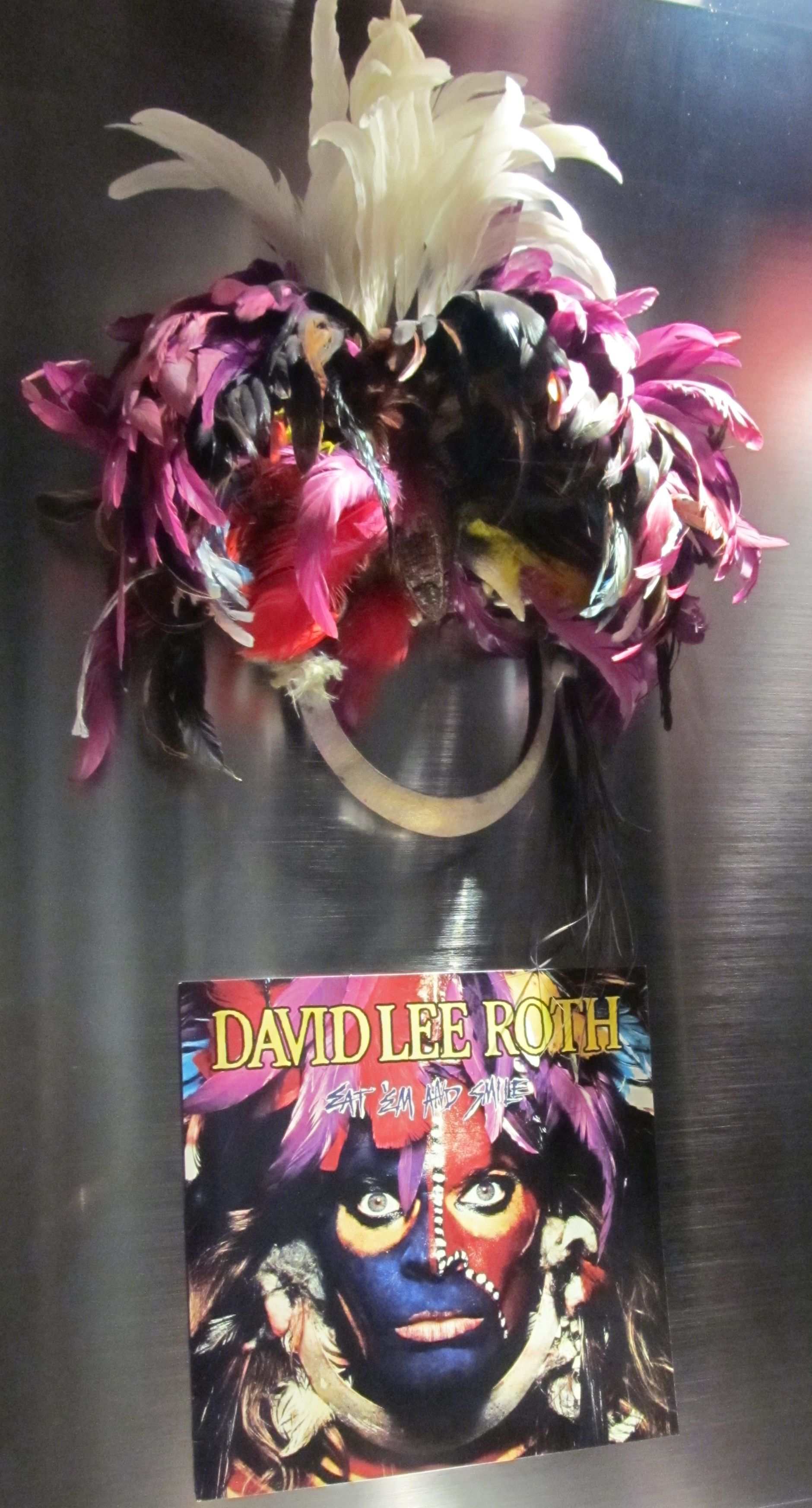 David Lee Roth Headdress Looks A Bit Like The Old Hollywood