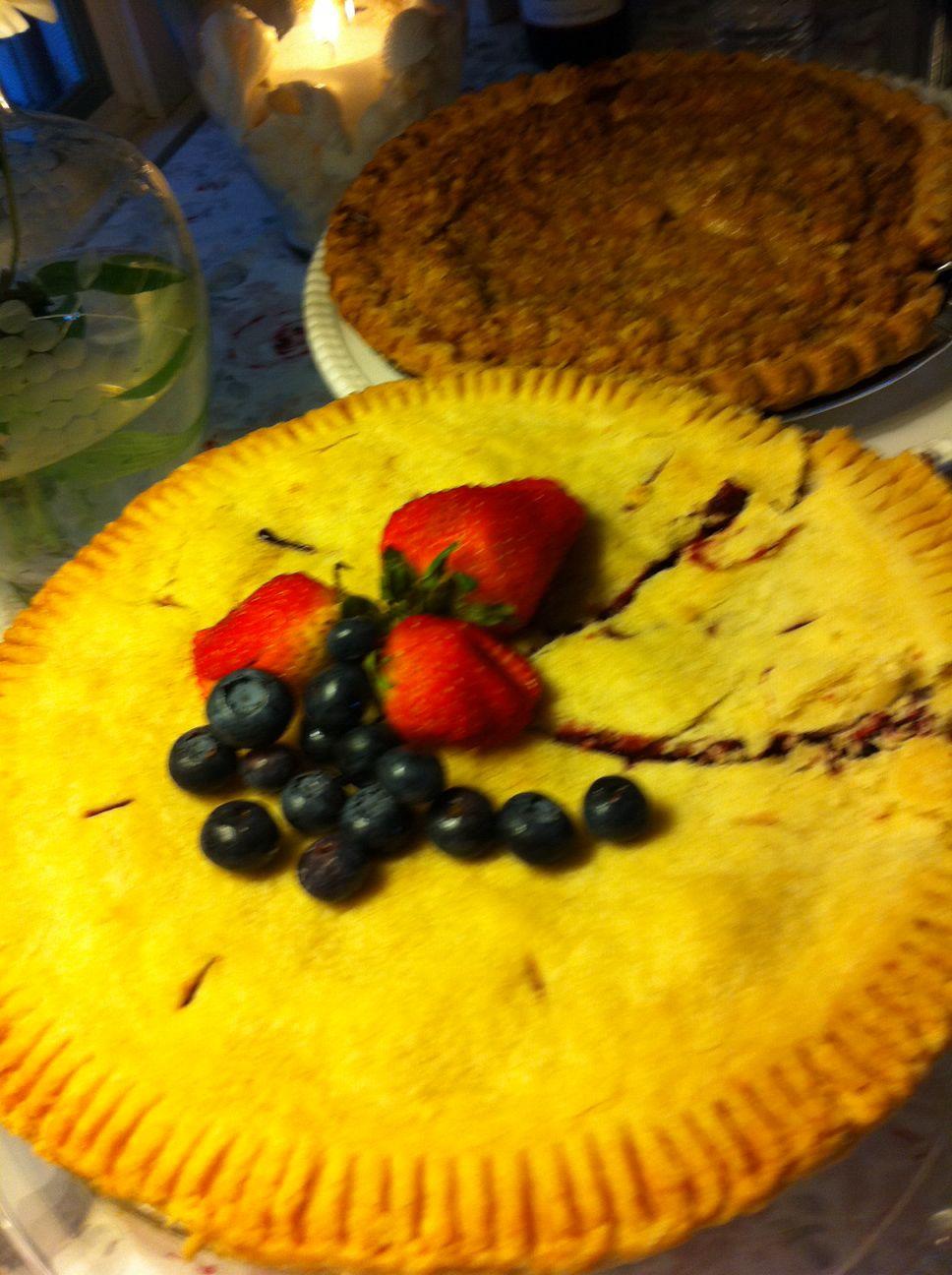 Homemade blackberry pie by Giuseppe !
