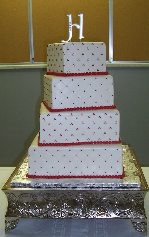 Red and White Wedding Cakes | Red and white