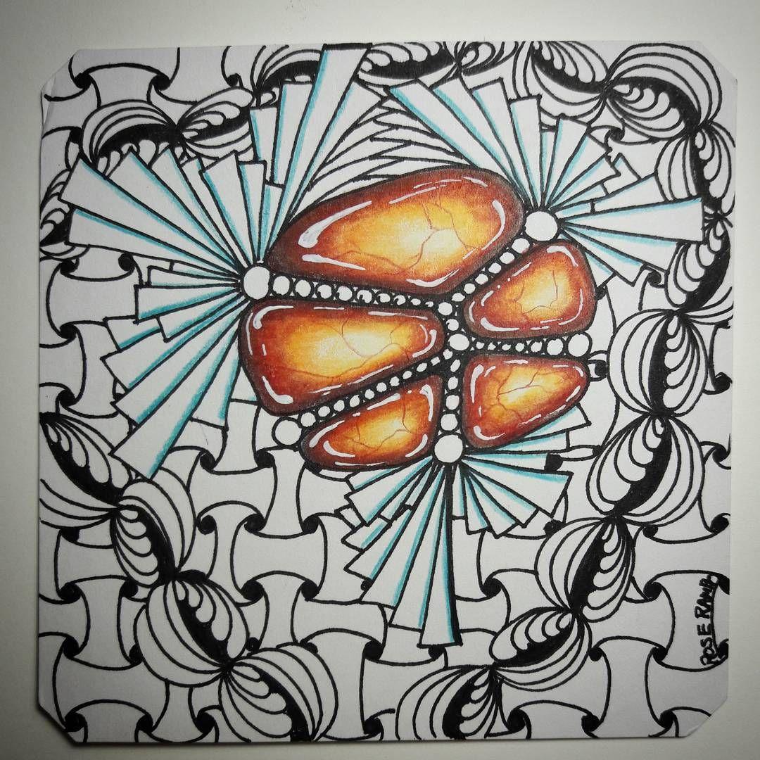 "64 Likes, 1 Comments - Rose Rambo (@vitruvian_art) on Instagram: ""A pretty tile from this weekend! #zengem #zendoodle #zentanglegems #zentangle #lavagem #gemlover…"""