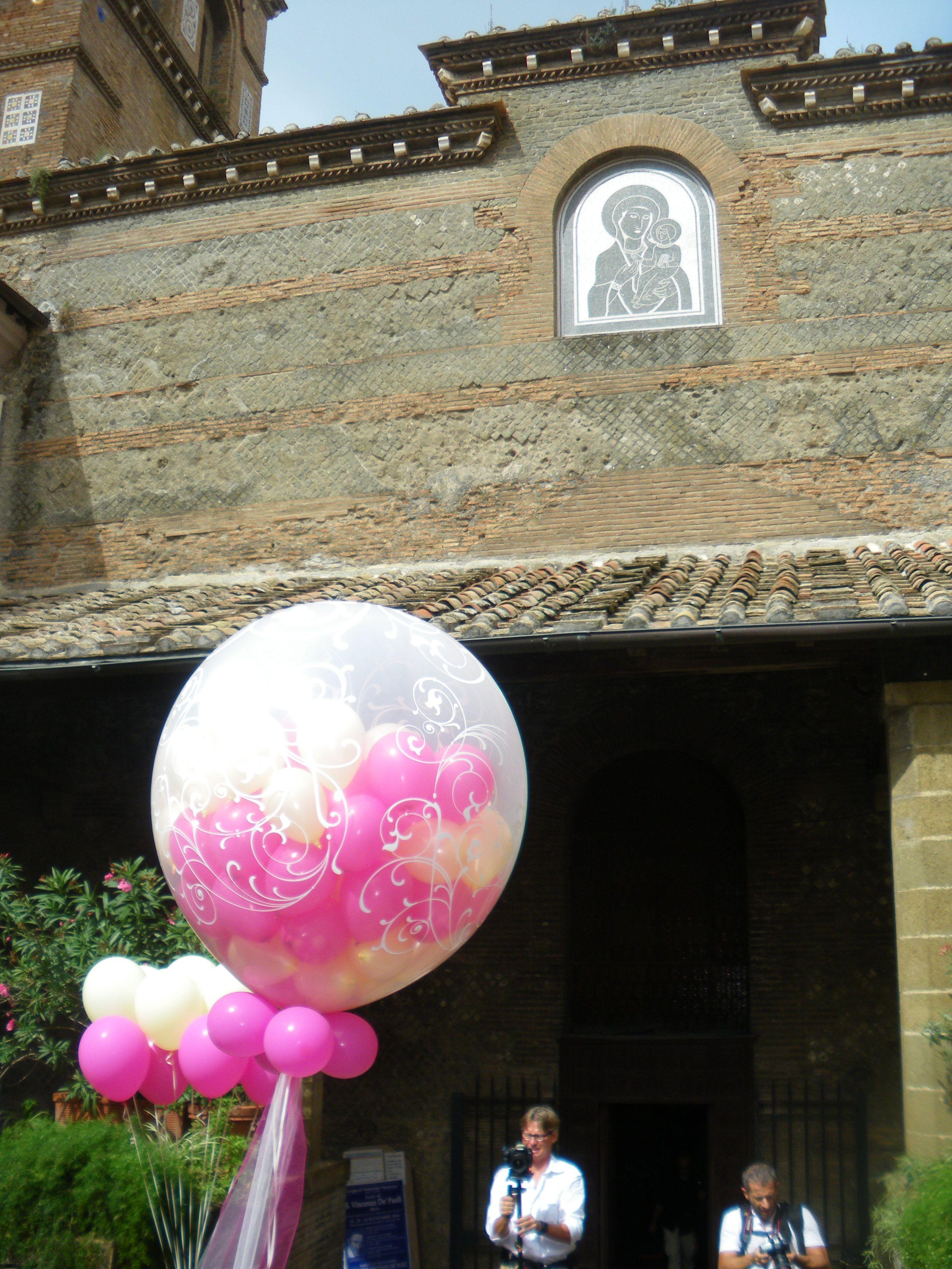 Composizione BIG balloon con palloncini elio per matrimonio, chiesa della Rotonda, Albano Laziale