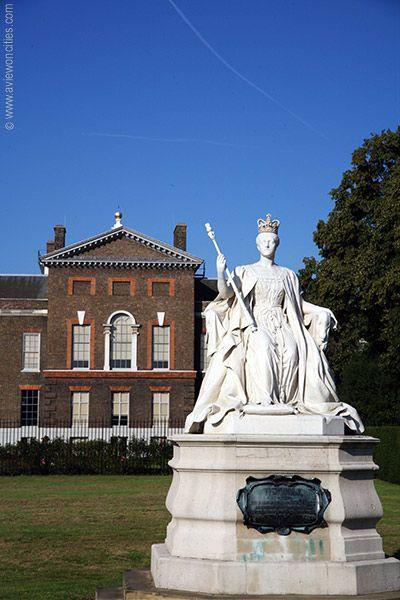 Queen Victoria Statue at Kensington Palace, London