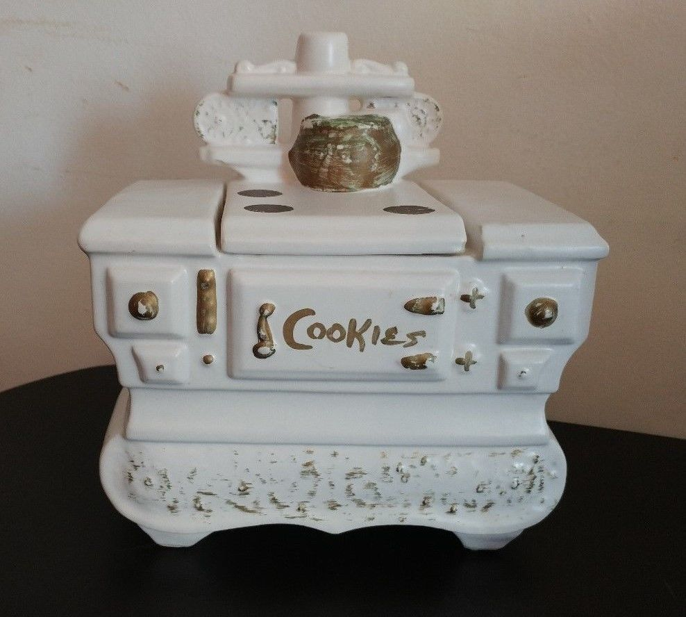 Mccoys Christmas Trees: 1960s Cookstove Cookie Jar By McCoy, Nelson White Old