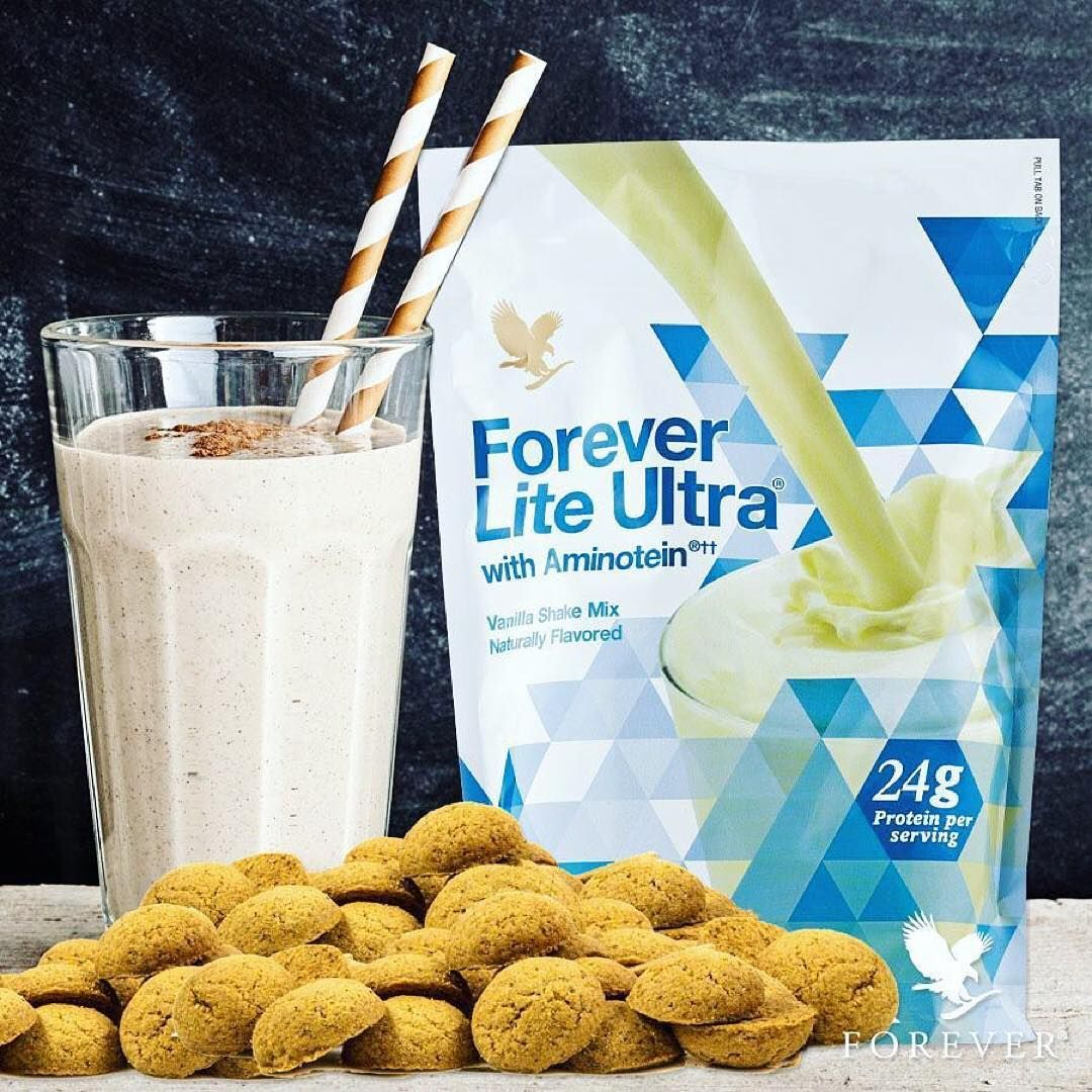 Want to stay true to your healthy habits but also don't want to miss out? Try this Gingerbread Protein Shake. Put the following ingredients in the blender: 1 scoop Forever Lite Ultra Vanilla 1 halve of a small banana 180 - 240 ml coconut milk 95 gr fat-free Greek yoghurt 1tsp. honey 1/2 - 1 tbsp. of gingerbread spice pinch of cinnamon & a pinch of ginger. Blend on high for 20-30 seconds. Enjoy!  Online Shop & Join www.tiny.cc.lifeisforever  #health #success #motivation #entrepreneur…